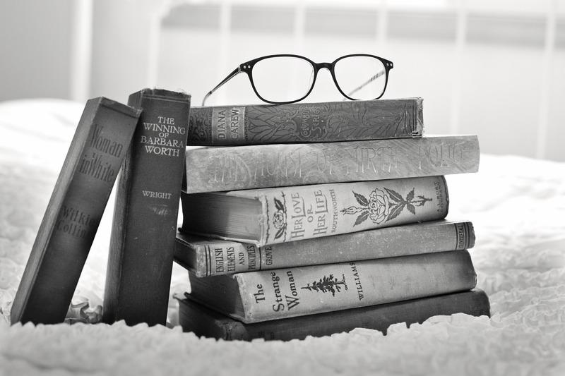 903d126f86b Retro eyeglasses frames are more popular than ever